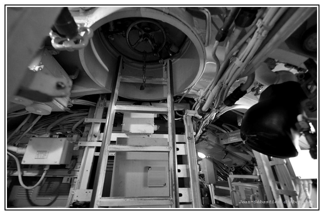 Sous-marin Argonaute - Ecoutille d'accès