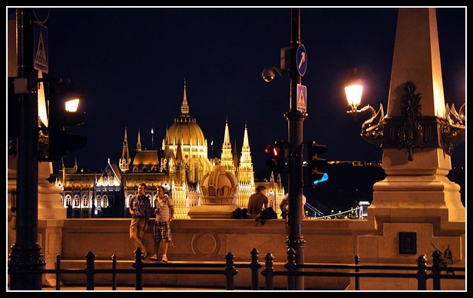 Budapest - Le parlement vu de Megyeri híd