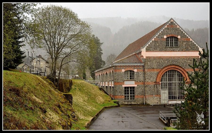 Usine hydro électrique de Coindre dans le Cantal