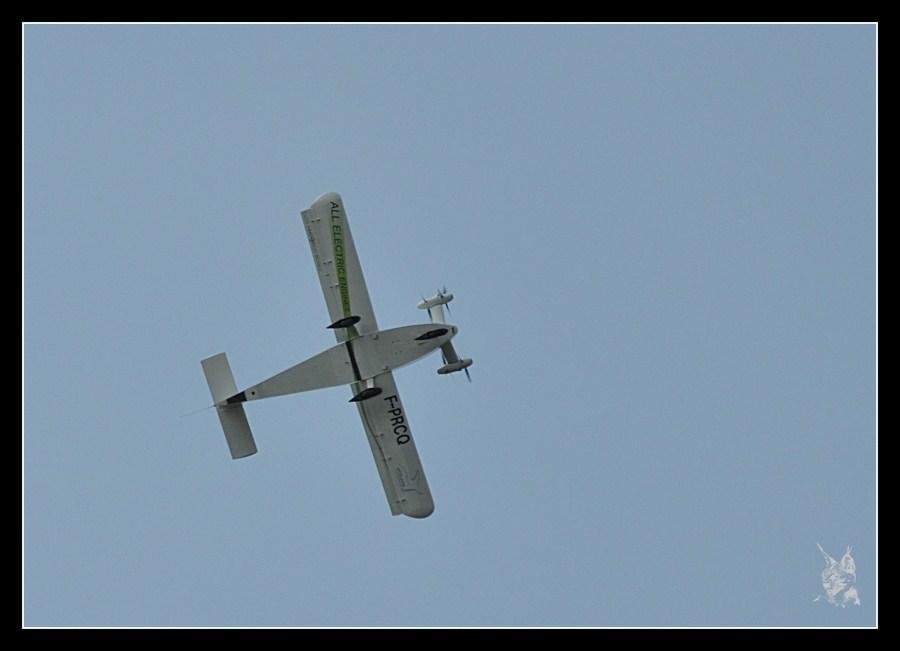 Meeting la Ferté Alais 2012 - Cri cri électrique en vol