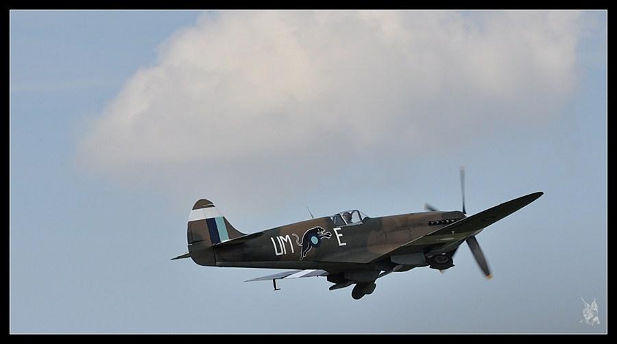 la Ferté Alais airshow 2012 - Spitfire