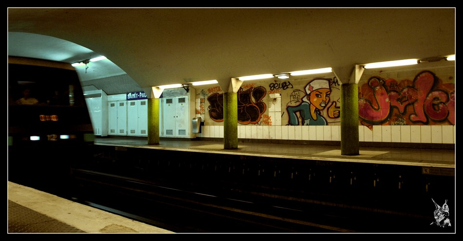 Metro de Paris, MP89 à Saint Paul - ligne 1