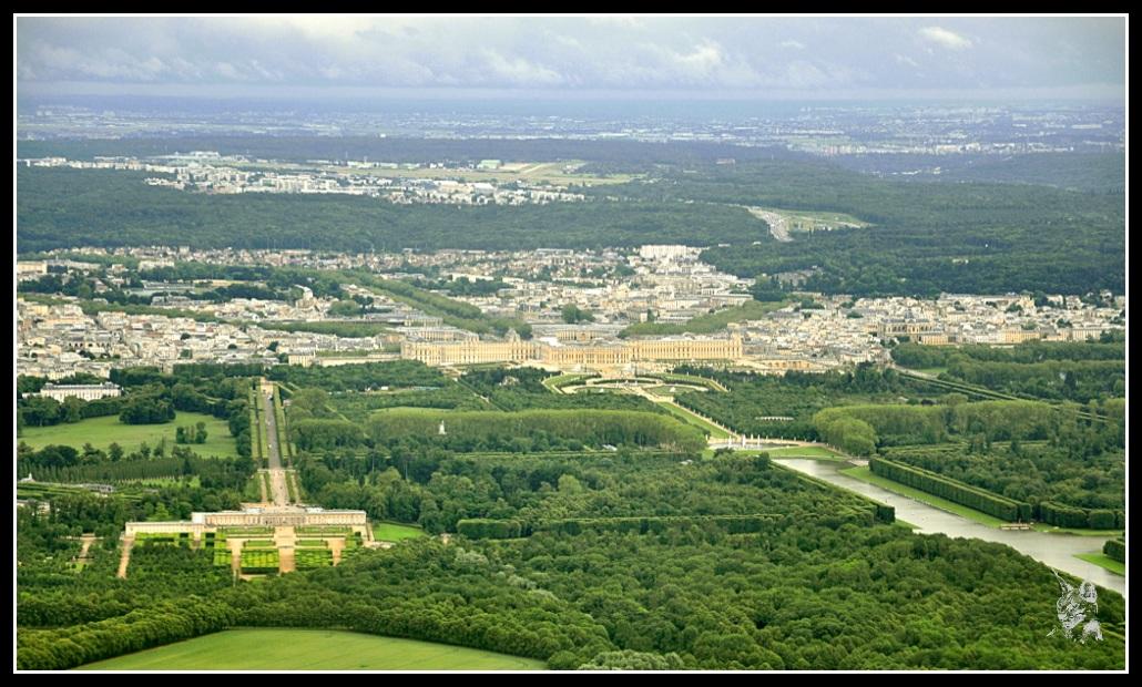 Le chateau de Versailles vue aérienne Le parc