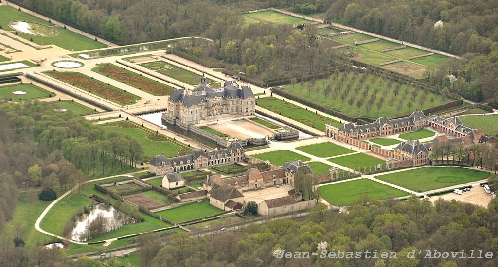 Photo aérienne du chateau de Vaux le Vicomte