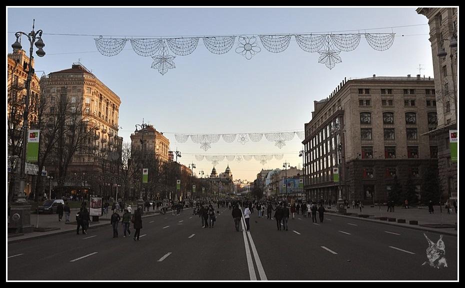 http://www.jeansebastiendaboville.com/2bgal/img/kiev-2011-2014/kiev-avenue-2011-2_GF.jpg