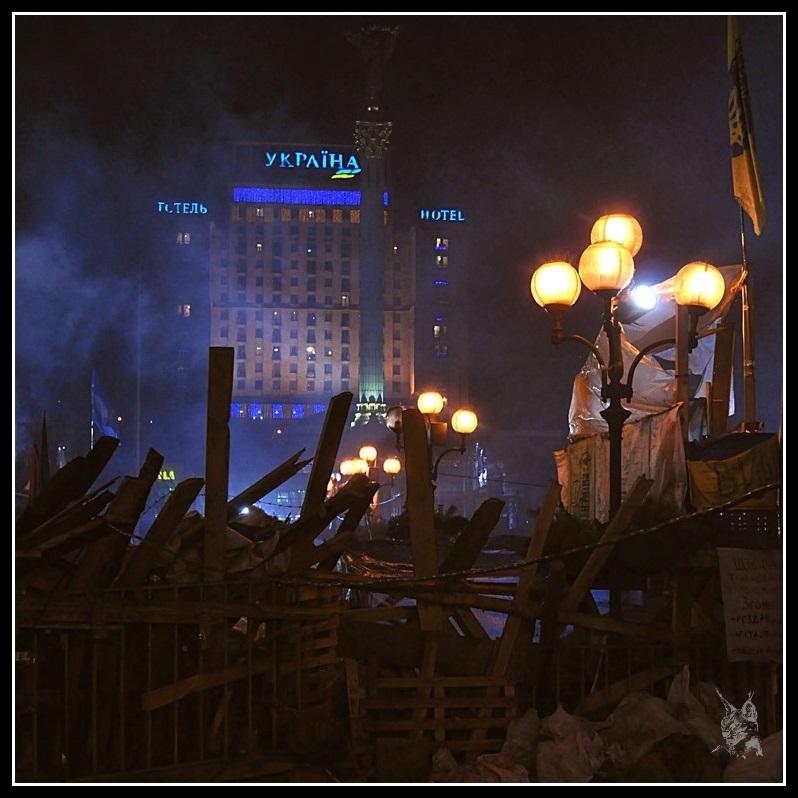 Kiev - revolution de 2014 Euromaidan. Barricades Place Maidan